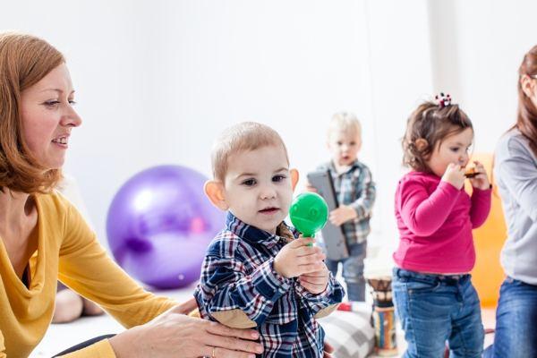 Start Am 16.11.: Eltern-Kind-Gruppe Für 1,5 Bis 3 Jährige